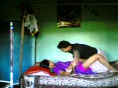 Hot Northindian Callgirl Aunty have sexual intercourse with her Consumer
