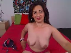 Hot indian milf gets seduced on cam