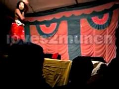 Desi Bhabhi Dances Shorn above Stage prevalent Develop b publish