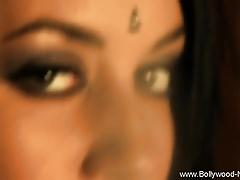 Coarse Indian Babe Loves Helter-skelter Dance
