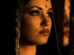 Expressing Mortal physically Flick through Shorn Beauty