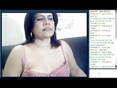 indian aunty masturbating on cam